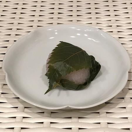 京都 下鴨神社 加茂みたらし茶屋 桜餅.JPG