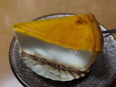 大阪 箕面 デリチュース チーズケーキ (2).jpg
