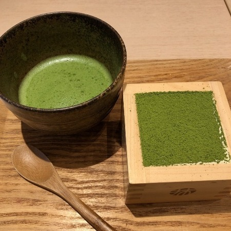 抹茶館 MOP滋賀竜王 宇治抹茶ティラミス.JPG