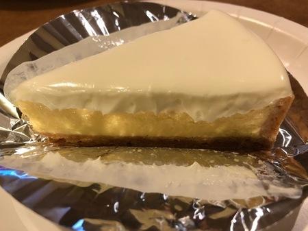 浜松 まるたや洋菓子店 チーズケーキ (2).jpg
