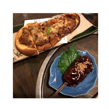 SABAR キーマチーズ38ナンピザ つくね串焼き.JPG